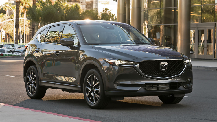2017 mazda cx 5 grand touring awd first test carfilia. Black Bedroom Furniture Sets. Home Design Ideas