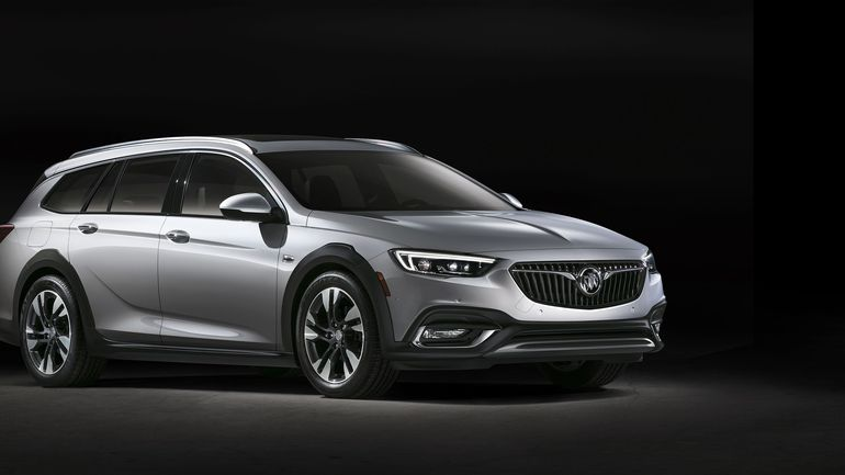 2018 Buick Regal TourX First Drive Review | Carfilia ...